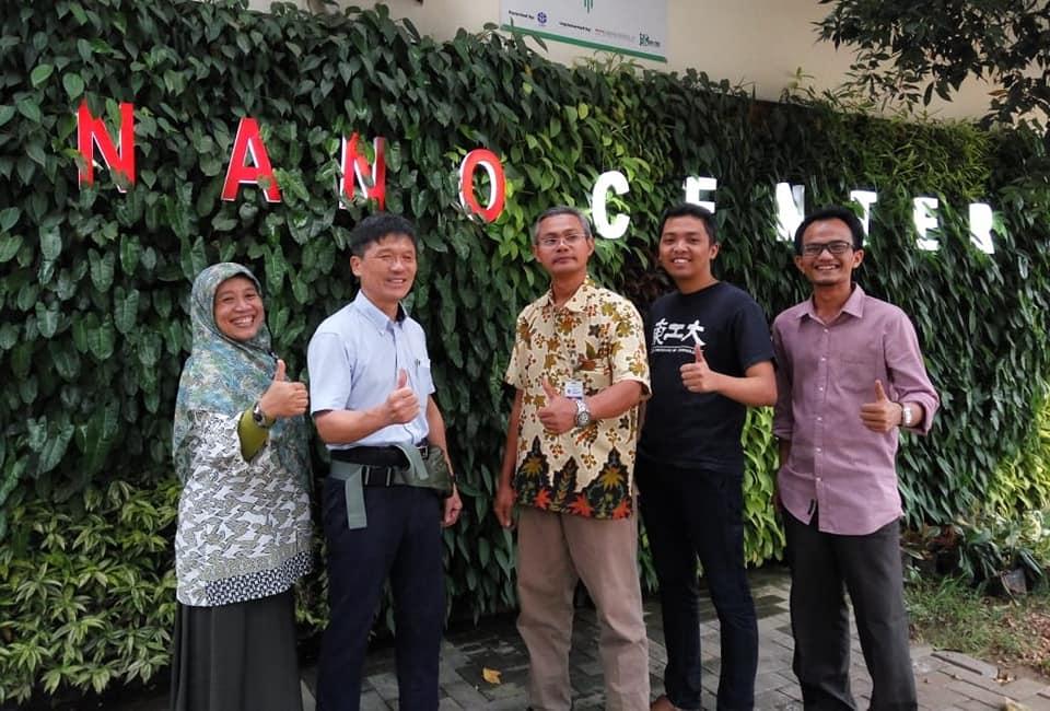 Kunjungan Kepala Pusat Penelitian Biofuel dan Biokima Universiti Teknologi Petronas (UTP) ke Nano Center Indonesia