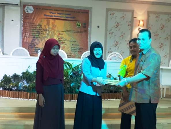Staff R&D Nano Center Indonesia Raih Best Oral Presenter pada ISWPI